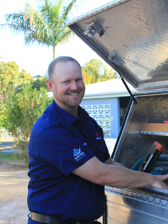 Solar Cleaning and Servicing